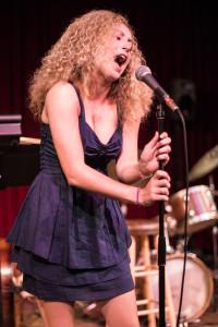 Singer_Jazz Jam